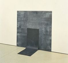Richard Serra — Right Angle Prop (1969)