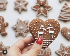 Yummy Cookies, Holiday Cookies, Iced Biscuits, Coffee Cookies, Christmas Cooking, Christmas Mood, Cookie Monster, Beautiful Cakes, Cookie Decorating