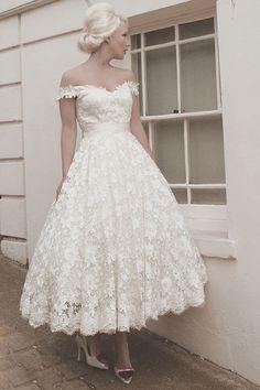 Mae by Mooshki   Wedding Dresses   www.guidesforbrides.co.uk