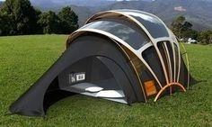 Une tente à énergie solaire. en tissu photovoltaïque.