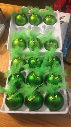 Celebrate Christmas in Grinch style. Here are best Grinch Christmas Party ideas. From Grinch Christmas decor to Grinch themed Christmas recipes are here. Grinch Christmas Decorations, Grinch Christmas Party, Grinch Ornaments, Office Christmas, Christmas Ornament Crafts, Diy Christmas Ornaments, Christmas Projects, Grinch Party, Etsy Christmas