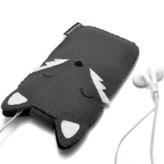 Wolf iPhone Sleeve Custom iPod Cover iPhone 4S Case by minifelts, £19.99