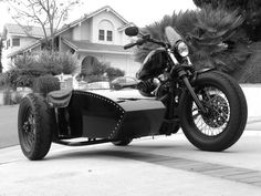 Sportster 48 custom with small flyscreen and custom sidecar