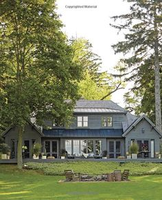 American Beauty: Renovating and Decorating a Beloved Retreat: Amazon.ca: Thom Filicia, Tina Fey: Books