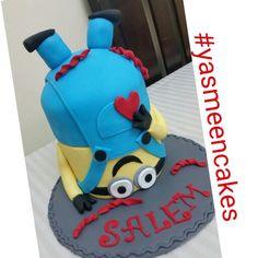 Crazy minion cake
