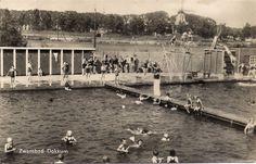 Het oude openlucht zwembad in Dokkum