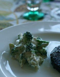 Broccoli med färskost och vitlök