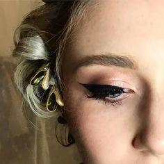 A bit of a wing on ✔️ Wings, Earrings, Instagram, Jewelry, Jewellery Making, Jewlery, Jewelery, Jewels, Jewel