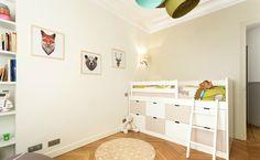 Quizás estás pensando en decorar tu dormitorio y no sabes por dónde empezar. Puede que te estés haciendo preguntas como estas: ¿Quedará bien poner papel pintado en la pared? ¿Decorar la habitación en la misma gama cromática me...