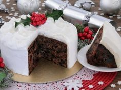 The Ballymaloe Queen of Irish cooking, Darina Allen's very own tasty twist on the traditional Irish Christmas cake classic. Food Cakes, Christmas Desserts, Christmas Baking, Irish Christmas, Christmas Cakes, Cake Recipes, Dessert Recipes, New Year's Cake, Edible Food
