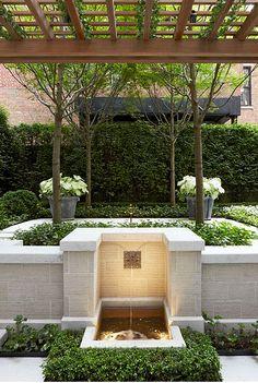 Courtyard and Rooftop Garden, New York | Edmund Hollander Landscape Architects
