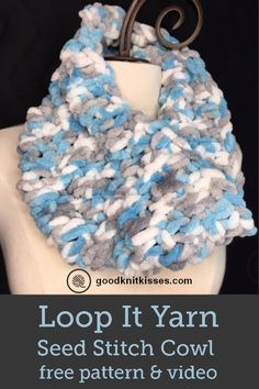Knit with just your fingers! Make this loop yarn seed stitch cowl with one skein. Free pattern and video tutorial teach you how to use loop yarn. Finger Knitting Blankets, Arm Knitting, Knitting Patterns, Scarf Patterns, Crochet Patterns, Crochet Ideas, Finger Knitting Projects, Yarn Projects, Knitting Tutorials