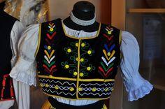 #tradition #costumes #CreativeEastSlovakia #Prešov #Elmira #Slovakia #Art #Craft Europe, Costumes, Traditional, Embroidery, Craft, Creative, Jackets, Fashion, Down Jackets
