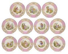 Bonhams : Sèvres plates