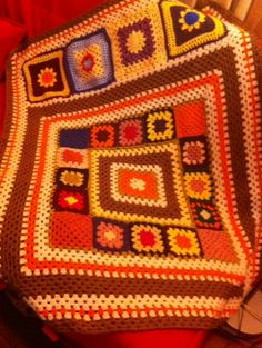 Check out this item in my Etsy shop https://www.etsy.com/listing/213834237/autumn-granny-afghan