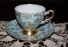 Royal Chelsea Rose Bud Chintz Bone China Tea Cup w  Gold Rims
