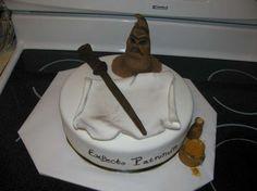 Decorazioni torte Harry Potter - Cappello e bastone del mago come torta