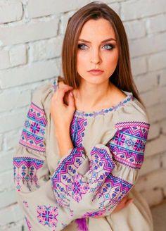 Bohemian Costume, Folk Fashion, Fashion Now, Caftan Dress, Russian Fashion, Dress Sewing Patterns, Blouse Patterns, Ukrainian Dress, Embroidered Clothes
