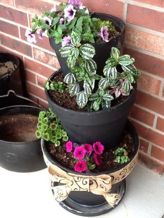 Stacking flower pots