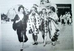 Japanese+moga+girls+in+the+1920s+%2819%29