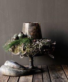 Prachtig glazen windlicht met roest effect – Ingrid Hirschfeld – Bild Christmas Greenery, Christmas Flowers, Christmas Candles, Rustic Christmas, Christmas Home, White Christmas, Christmas Holidays, Christmas Decorations, Seasonal Decor