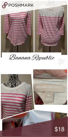 98fd99ee2aebc Banana Republic Top! Too Cute! Size medium and 3 4 length sleeves...see  pics for details...in excellent condition Banana Republic Tops