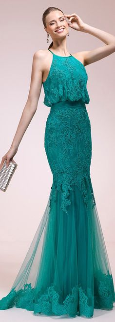 Marvelous Lace Halter Neckline Mermaid Evening Dresses With Lace Appliques