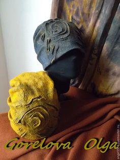 How To Make Decorations, Felt Fabric, Felt Hat, Hat Making, Baseball Hats, Wool, Knitting, Handmade, Wall Photos