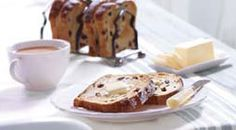Panera Bread's Cinnamon Raisin Bread has just the right amount of imported Indonesian Korintge cinnamon folded into sweet dough along with plump, juicy raisins and brown sugar. We crown each loaf with a generous sprinkling of our popular cinnamon crunch topping, so it's a perfect way to start a summer morning — or end the day on a sweet note.