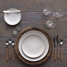 Fiesta Chic for an upcoming dinner party in Beverly Hills next week! Our Natural Woven Chargers, Opaque White Heath Ceramics, Teak Inlaid Wooden Flatware, Early American Pressed Glass/Champagne Coupe Trios and Antique Crystal Salt Cellars #cdpdesignpresentation