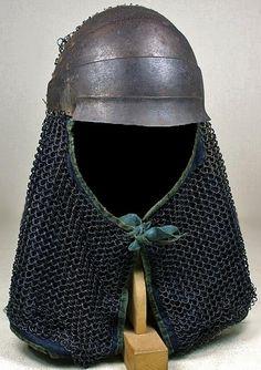 Tatami hachi gane / hitai ate (forehead protector) with kusari shikoro (chain armor neck guard).