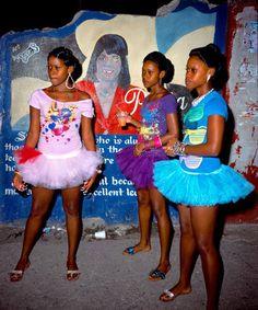 Jamaica Passa Passa  Photo Radcliffe Roye