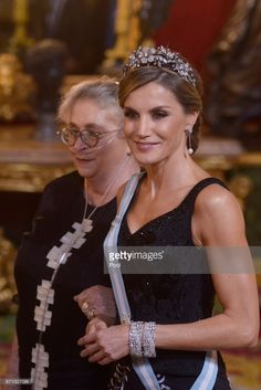 Queen Letizia of Spain (R) and Israeli President wife Nechama Rivlin (L) attend a Gala Dinner at the Royal Palace on November 6, 2017 in Madrid, Spain.  (Photo by Borja Benito - Pool/Getty Images)