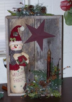3753 best pictures for Christmas - Porch Decorating Ideas Christmas Wood Crafts, Primitive Christmas, Country Christmas, Christmas Snowman, Christmas Projects, Winter Christmas, Holiday Crafts, Vintage Christmas, Christmas Wreaths