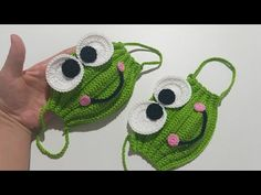 Minion and Frog Mask Crochet Patterns + Video – DIY Magazine - New ideas Crochet Frog, Crochet Mask, Crochet Faces, Knit Crochet, Diy Hair Mask, Diy Mask, Sewing Patterns Free, Crochet Patterns, Frog Mask