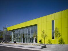 Gary Comer College Prep / John Ronan Architects