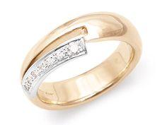 Set with 7 diamonds in white gold. Diamond Wedding Bands, Wedding Rings, 14 Carat, Black Diamond, Triangle, Diamonds, White Gold, Engagement Rings, Modern