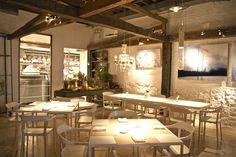 ABC Kitchen: the most delicious spot for a healthy meal and the atmosphere is stunning,