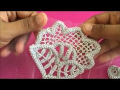 Crochet Lace - Filling Stitch This is one of the filling stitches I use in crochet lace Freeform Crochet, Crochet Motif, Crochet Lace, Crochet Stitches, Russian Crochet, Doilies Crochet, Irish Crochet Patterns, Crochet Cardigan Pattern, Crochet Designs
