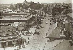 Piața Mare (Unirii), 1926. În anii '30, construcțiile din stânga au fost complet demolate pentru lărgirea pieței. Foto: Nicolae Ionescu