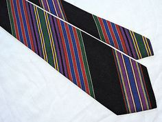 BULLOCK-JONES-MENS-TIE-BLACK-RED-GREEN-STRIPED-3-75-58-ENGLAND