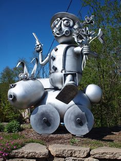 You Have To See These 15 Bizarre Roadside Attractions In North Carolina