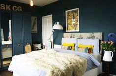Bedroom // Dark Walls // Decoration // Home Decor // Interior Design // House // Apartment Style At Home, Blue Bedroom, Bedroom Decor, Bedroom Wall, Teal Walls, Dark Walls, Bedroom Paint Colors, Paint Colours, Teal Paint