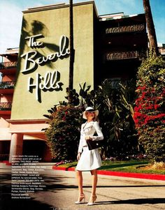 Terry Richardson shoots Kate Upton at the Beverly Hills Hotel in Old Hollywood-inspired looks for Harper's Bazaar. Old Hollywood Style, Hollywood Fashion, Old Hollywood Glamour, Hollywood Night, Hollywood Hotel, Classic Hollywood, Terry Richardson, Beverly Hills Hotel, The Beverly
