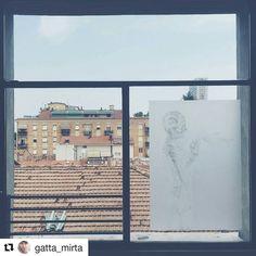 #Repost @gatta_mirta  Il disegno è come lo scheletro ogni osso è una linea che crea la forma e l'equilibrio di un corpo. . . . . #mybiennaleRN #ig_rimini #igersrimini #volgorimini #art #exhibition #igersart #instaart #emiliaromagna #iphoneonly #window #throughthewindow #view #whatitalyis #skyline #drawing #instaartist