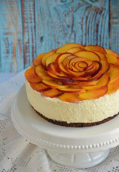 Barackos túrótorta sütés nélkül - rózsatorta Smoothie Fruit, Your Recipe, Cheesecake, Baking, Recipes, Food, Child, Cakes, Fruits And Veggies