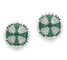 A PAIR OF EMERALD AND DIAMOND EAR CLIPS, BY JAR