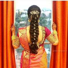 Bridal Hairstyle Indian Wedding, South Indian Bride Hairstyle, Bridal Hair Buns, Bridal Hairdo, Indian Bridal Hairstyles, Indian Bridal Fashion, Hairstyles For Gowns, Saree Hairstyles, Bride Hairstyles