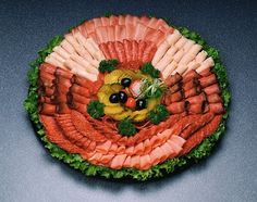 Costco Meat And Cheese Trays Meat And Cheese Tray, Meat Trays, Meat Platter, Food Trays, Deli Platters, Cheese Platters, Party Dishes, Party Buffet, Lunch Catering