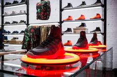 Nike Presents a New Retail Experience with NikeLab: Nike presents its latest physical experience with the launch of a new concept titled NikeLab. Visual Merchandising, Nike Presents, Nike Retail, Nike Free Runners, Retail Concepts, Retail Experience, Branding, Buy Shoes Online, Nike Roshe Run